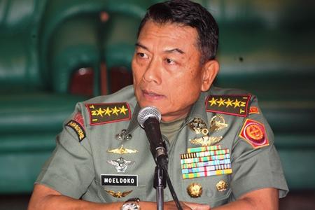 PANGLIMA TNI: Jenderal Moeldoko memperbolehkan prajurit perempuan berjilbab