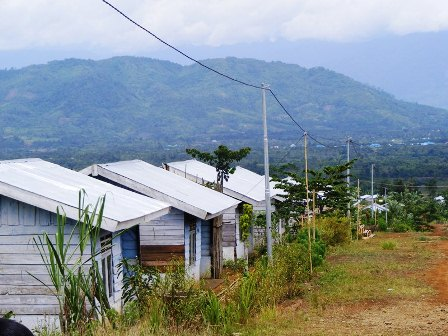 Desa Pulau Nibung, Kecamatan Jelai, Kabupaten Sukamara menjadi salah satu wilayah yang masuk program transmigrasi.