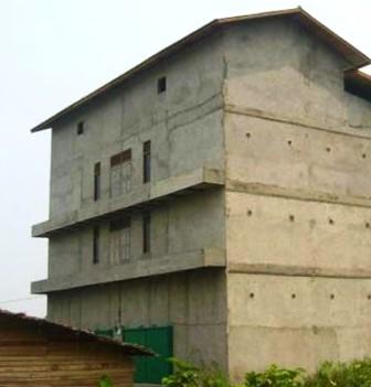 BANGUNAN WALET : Bangunan sarang burung walet di Pulang Pisau cukup banyak, tapi dari segi pendapatan daerah masih sedikit menyumbang PAD.