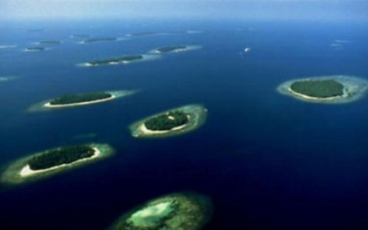 Thousand Islands.  LIÊN QUAN