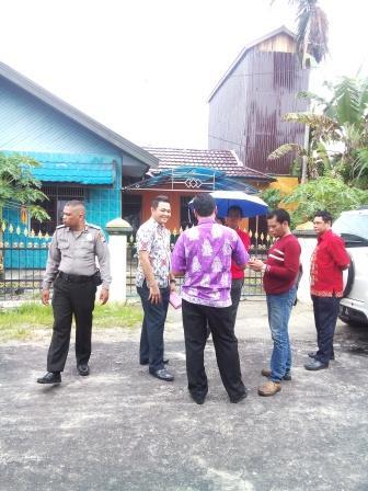 DIPROTES : Bangunan walet di perumahan Raudah Permai Jalan RTA Milono Km 5,5, Kelurahan Menteng, Kecamatan Jekan Raya ini menuai protes dari warga sekitar. Pasalnya, bangunan tersebut didirikan tanpa seizin warga.