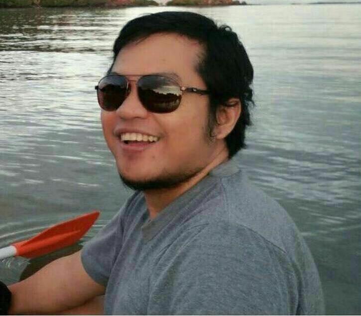 Arifin Anwar, Dokter PNS RSUD Sultan Imanuddin yang lagi tugas belajar spesialis anestesi di UGM Yogyakarta, mengalami kecelakaan sepeda, di Bajawa, Nusa Tenggara Timur, Kamis (19/5/2016)