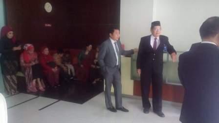Rombongan keluarga Gubernur Kalteng Sugianto Sabran dari Kalimantan Tengah telah bersiap di lingkungan  Istana Negara.  (BORNEO/ISTIMEWA)