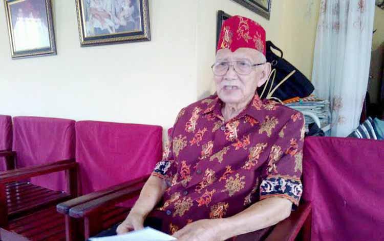 Ketua Dewan Adat Dayak Kalimantan Tengah Sabran Achmad. BORNEONEWS/m