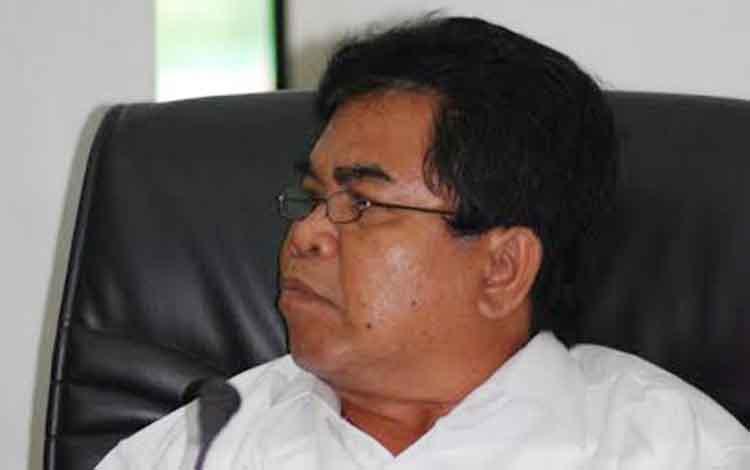 Anggota DPRD Barito Utara, Sunario.