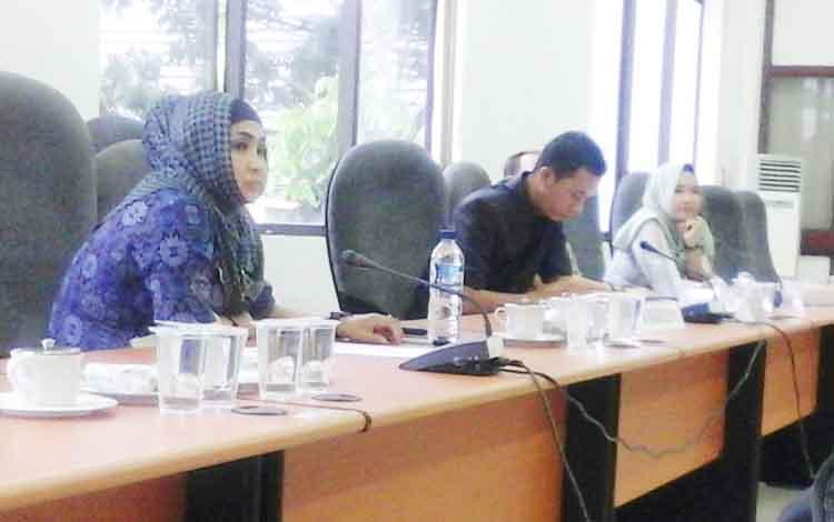 Kalangan anggota DPRD Seruyan saat mengikuti hearing, Senin (27/2/2017).