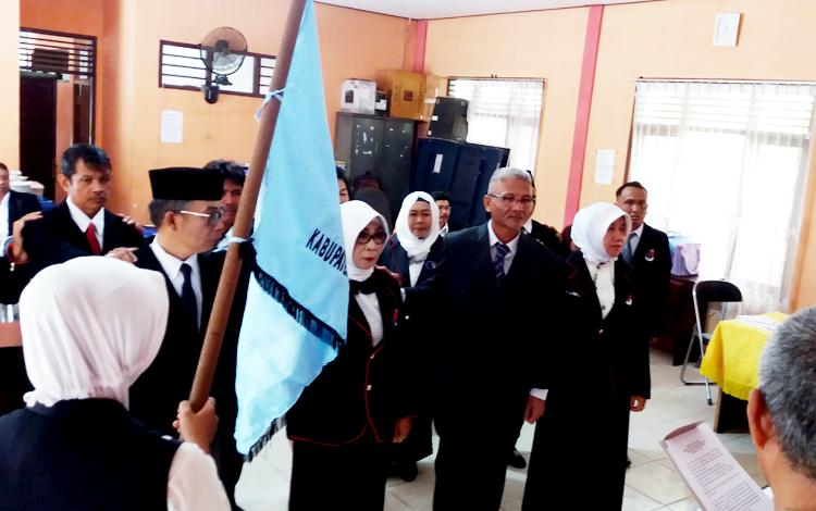 Pengambilan sumpah pelantikan Ketua Ikatan Penilik Indonesia (IPI) Kabupaten Kotim, oleh Ketua IPI Kalteng, Senin (20/3/2017).