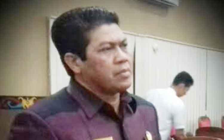Wakil Ketua DPRD Kabupaten Kotawaringin Timur Parimus.