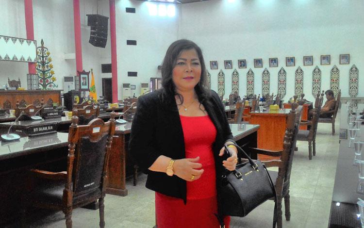 Ketua Komisi B DPRD Kota Palangka Raya Nenie A Lambung.