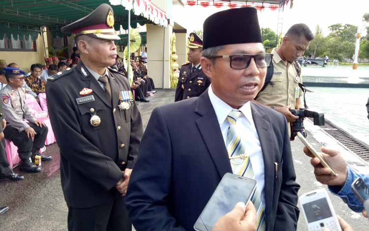 Bupati Seruyan Sudarsono usai menghadiri upacara peringatan HUT Bhayangkaya di halaman Mapolres Seruyan, Senin (10/7/2017).