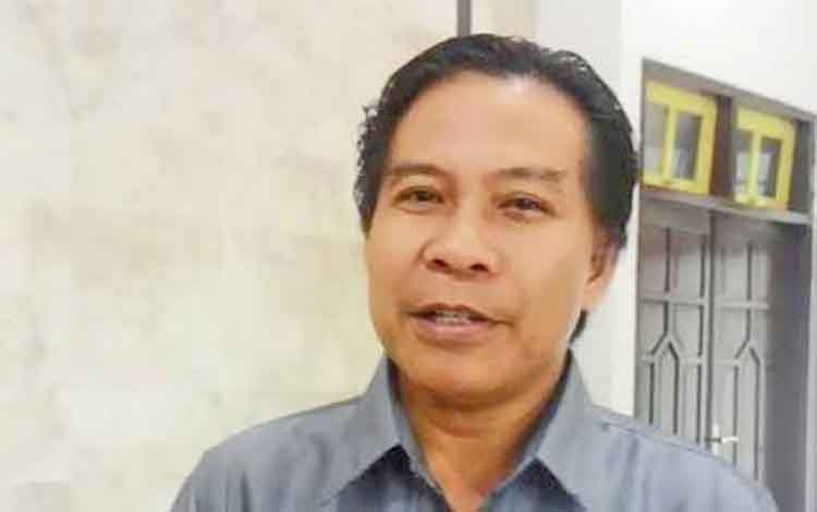 Ketua DPRD Kabupaten Kapuas Algrin Gasan,