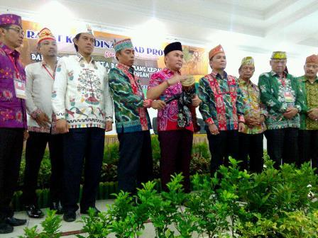Gubernur Kalteng Sugianto Sabran (peci hitam) membuka Rakor DAD Kalteng di Hotel Dandang Tingang, Jalan Yos Sudarso, Palangka Raya, Sabtu (26/8/2017).