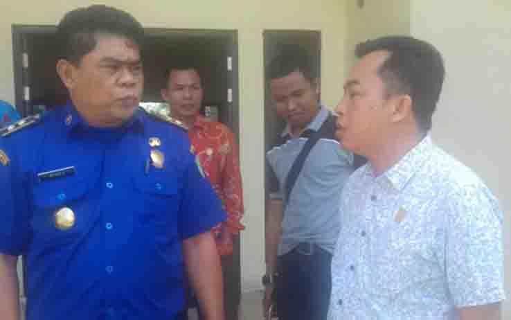 Ketua Fraksi PDI Perjuangan DPRD Kotim, Rimbun (kanan).
