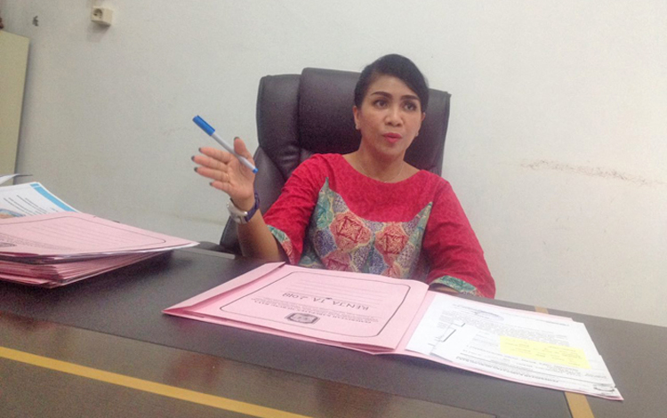 Ketua Kontingen Pesparawi Murung Raya Lyndia Kristiane.