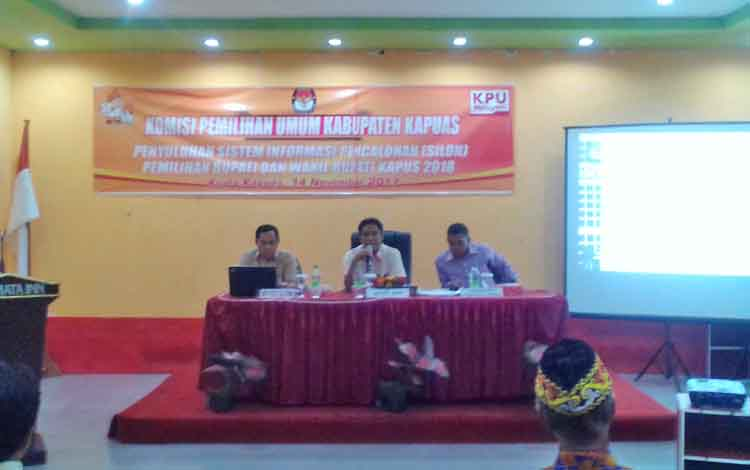 Penyuluhan Sistem Informasi Pencalonan Pilkada Kapuas, Selasa (14/11/2017).