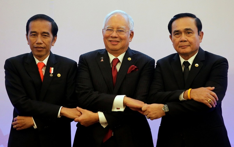 Jokowi, Najib, Prayuth