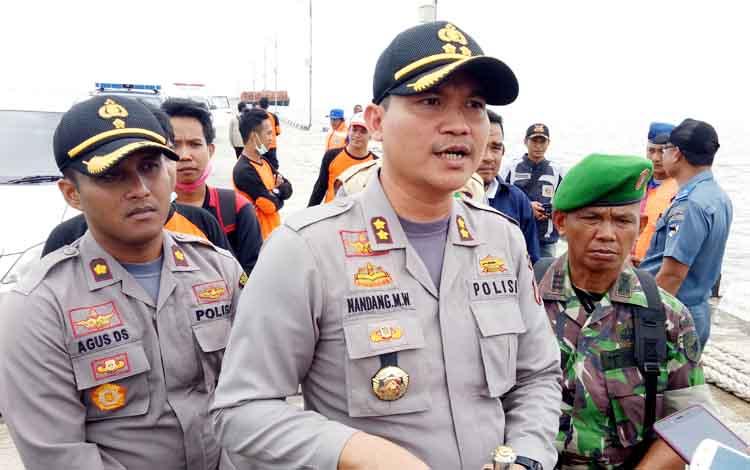 Kapolres Seruyan AKBP Nandang Mu\\\'min Wijaya