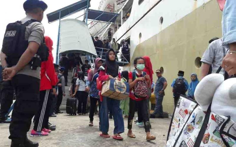 Arus balik mulai terlihat di Pelabuhan Sampit.