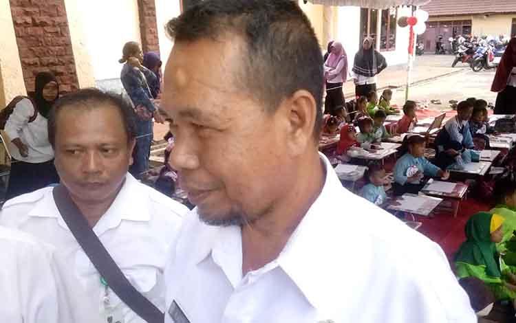 Kepala Dinas Perpustakaan dan Kearsipan Daerah Seruyan, Astono.