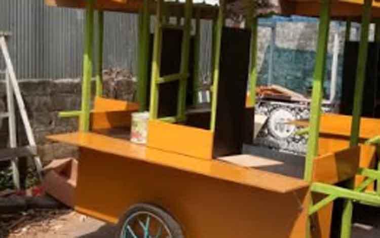 Inilah gerobak yang akan dibagikan Baznas Kobar kepada masyarakat kurang mampu