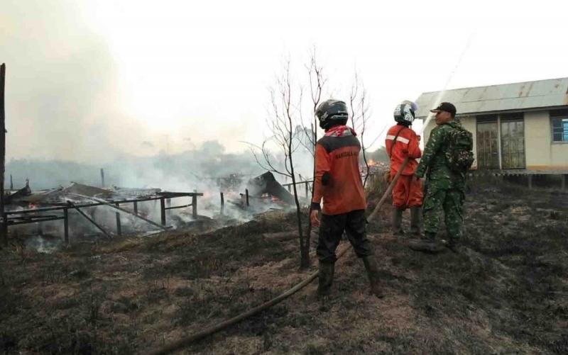 Kebakaran Lahan di Kapuas Murung Hanguskan Dua Rumah Kosong