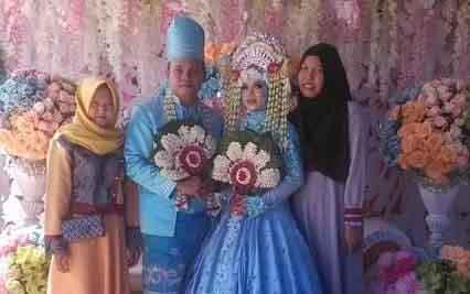 Resepsi pernikahan di lokasi pembunuhan, Desa Murung Baki, Barito Timur.