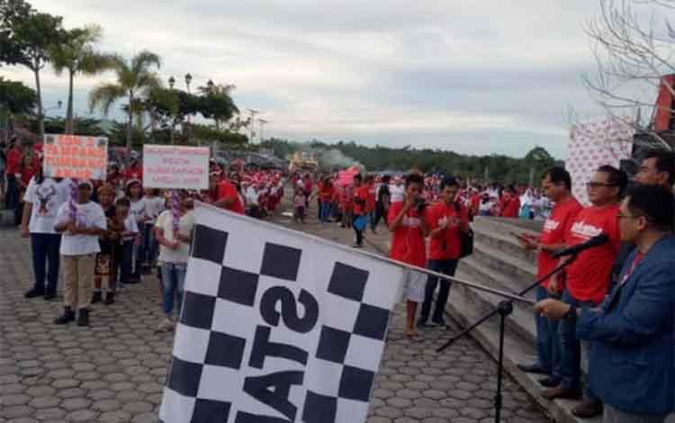 Parade Natal di Taman Kota Kuala Kurun, Selasa (11/12/2018).