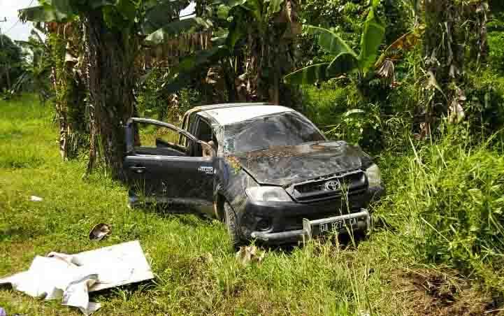 Mobil Hilux yang mengalami kecelakaan di Pulang Pisau.