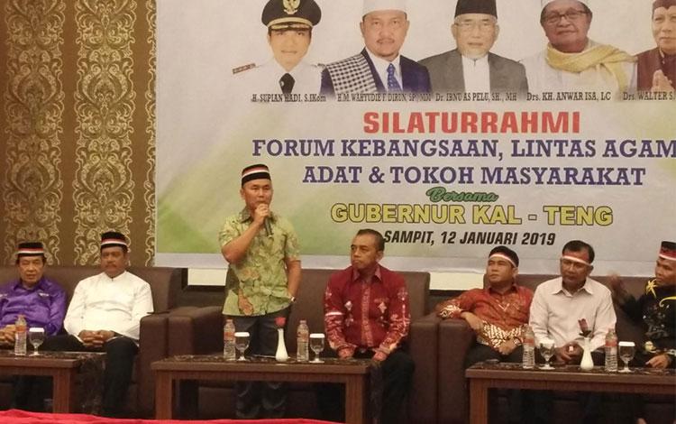 Gubernur Kalteng saat acara Silaturahmi Forum Kebangsaan, Lintas Agama, Adat dan Tokoh Masyarakat.