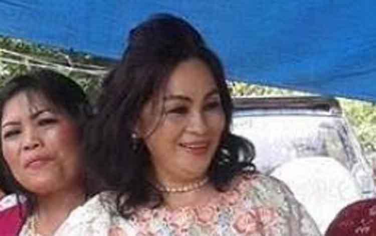 Anggota DPRD Barsel, Ensilawatika Wijaya