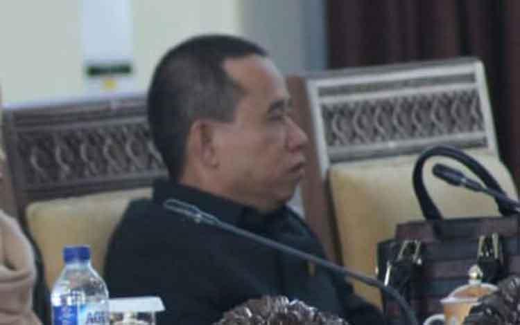 Anggota DPRR Seruyan Bej Riyanto
