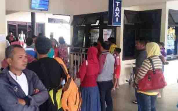 Aktivitas di Bandara Iskandar Pangkalan Bun.