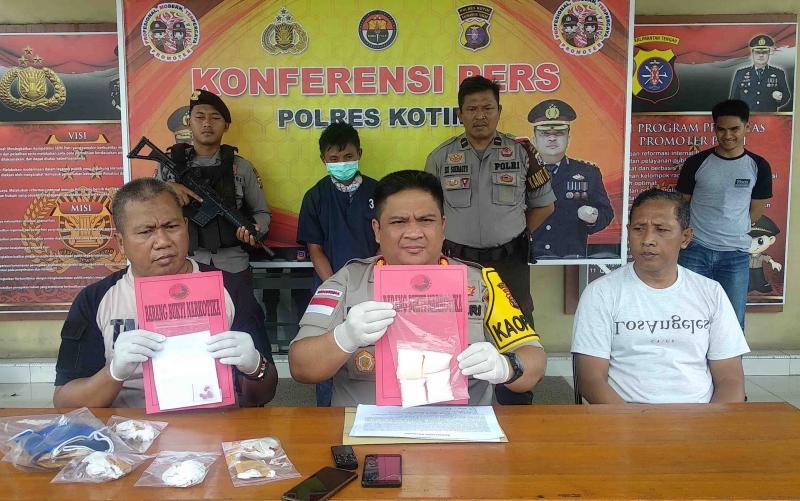 Ekspos pengungkapan 2 ons sabu di Polres Kotim.