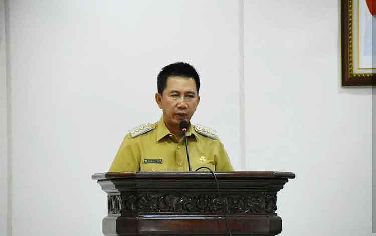 Bupati Barito Utara, Nadalsyah saat kegiatan entry meeting bersama BPK RI Perwakilan Kalteng.
