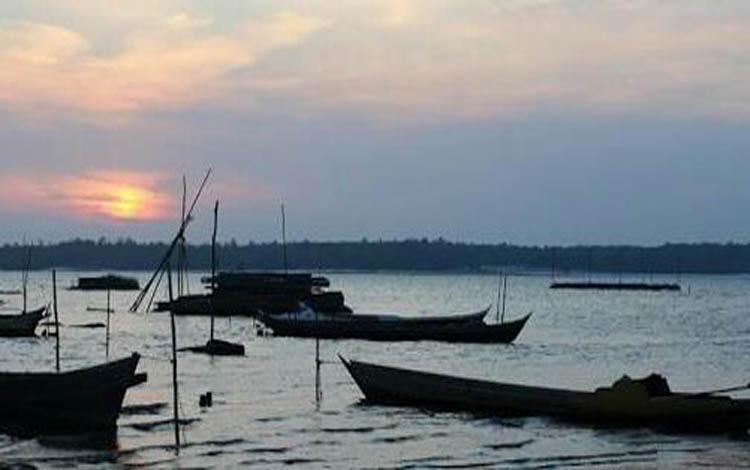 Danau Sembuluh