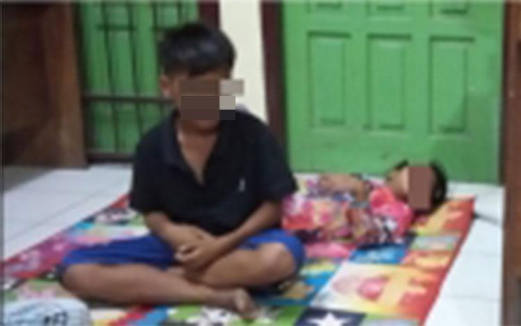 Dua anak sering mabuk aroma lem dna meresahkan masyarakat  saat diamankan di kantor Satpol PP Kobar