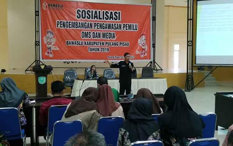 Sosialisasi Pengembangan Pengawasan Pemilu bagi OMS dan Media di Pulang Pisau