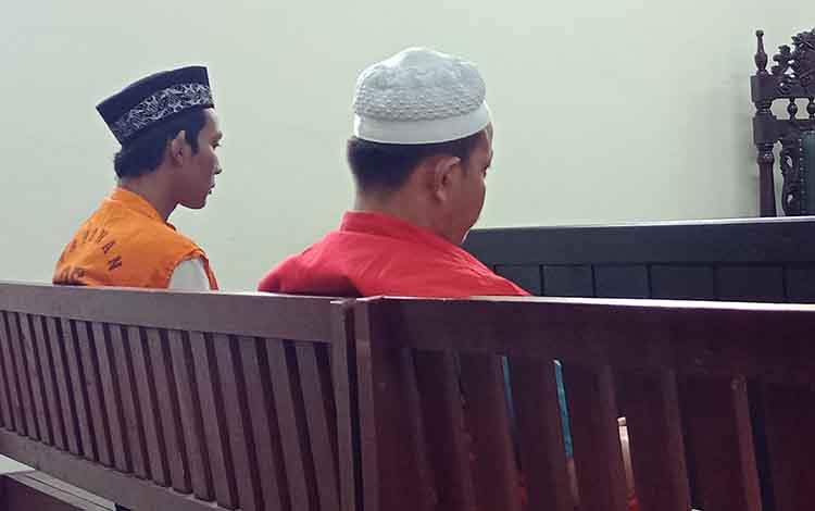SF alias F (peci putih), terdakwa kasus sabu saat di Pengadilan Negeri Sampit.