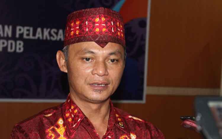 Kepala Ombudsman RI Perwakilan Kalteng, Thoeseng T.T Asang