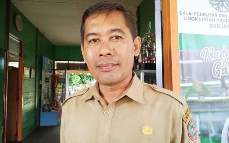 Kepala Sekolah SMA Negeri 1 Kahayan Hilir,  Suparno.