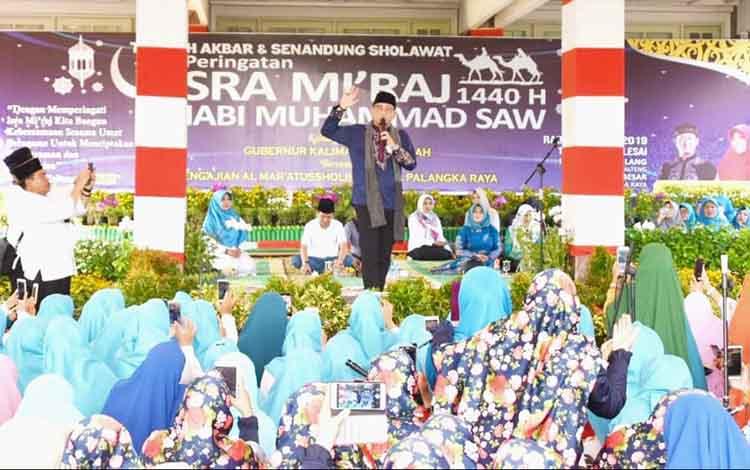 Tablig Akbar Dan Senandung Salawat Peringati Isra Miraj Menggema Di