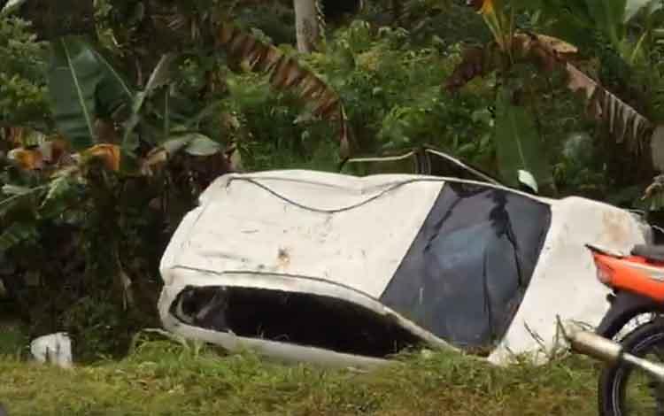 Kondisi mobil pasca mengalami kecelakaan lalu lintas