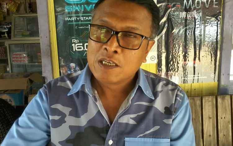 Pimpinan PT Dwima, Harsono saat memberikan penjelasan