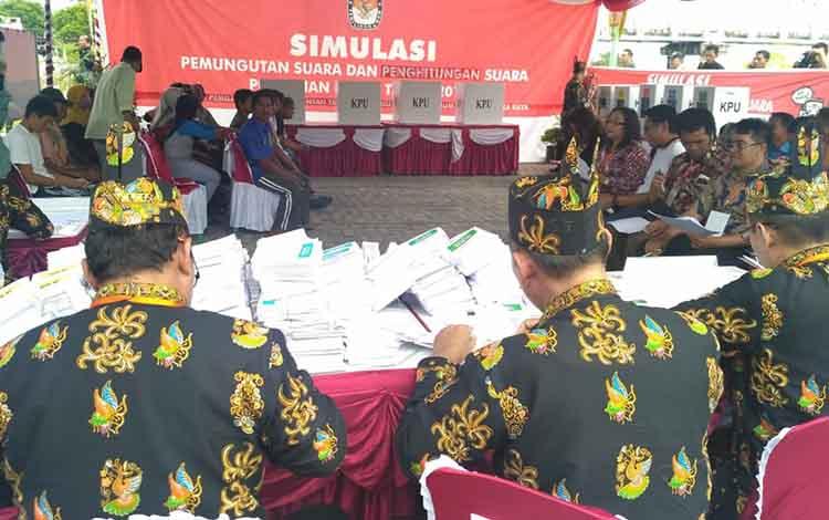 Simulasi pemilihan umum yang dilaksanakan KPU Kota dan KPU Kalteng beberapa waktu lalu