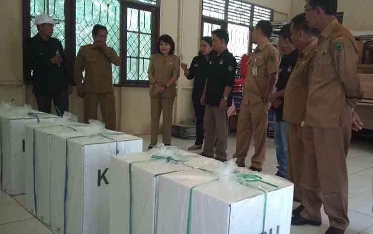 Wakil Bupati Pulang Pisau monitoring distribusi logistik persiapan pemilu 2019 di Kecamatan Jabiren Raya