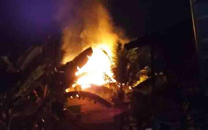 Kebakaran gedung walet di Muara Teweh, Sabtu (20/4/2019) malam.