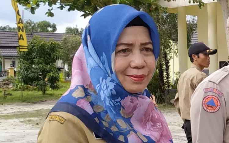 Kepala Dinas Pendidikan Pulang Pisau,  Aminah.
