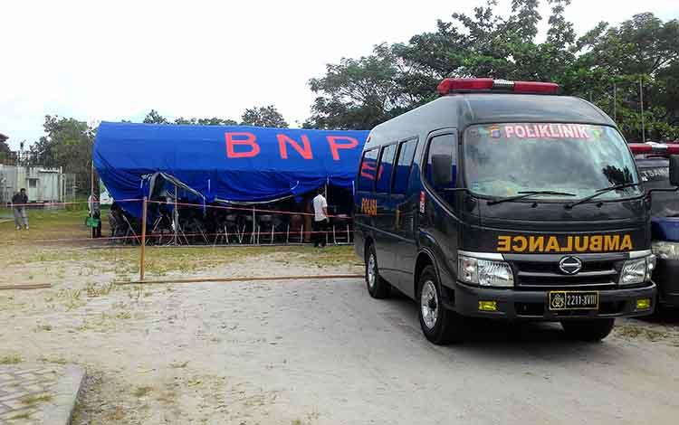KPU siapkan ambulans di lokasi rekapitulasi suara Kecamatan Jekan Raya, Selasa (23/4/2019).