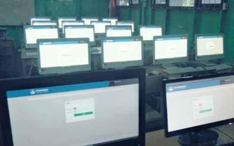 Perangkat yang digunakan dalam pelaksanaan UNBK tingkat SMP/Mts di Kabupaten Kapuas