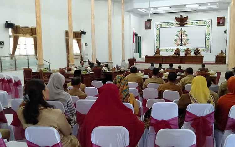 Rapat paripurna dalam rangka penutupan masa sidang I tahun 2019 di gedung DPRD Sukamara, Selasa (23/4/2019).